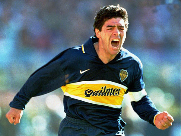 Celebrating a goal with Boca Juniors – 1997
