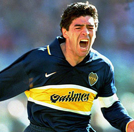 Celebrating-a-goal-with-Boca-Juniors-t
