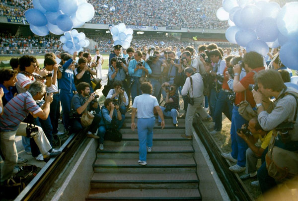 Presentation at San Paolo Stadium with 70.000 spectators (1984)